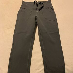 lululemon athletica Pants & Jumpsuits - Lululemon Slim Crop